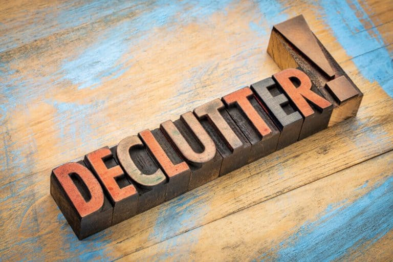 Efficiently Declutter Your House in Just One Week [Day by Day Plan]
