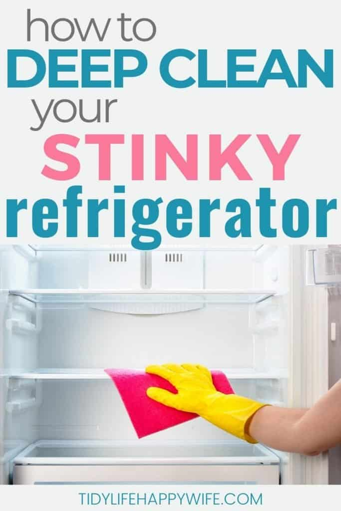deep cleaning fridge with microfiber cloth