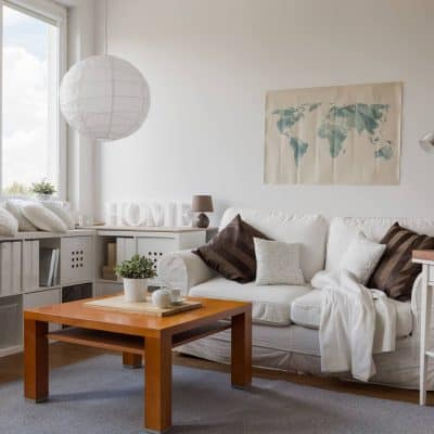 How To Quickly Declutter Your Living Room